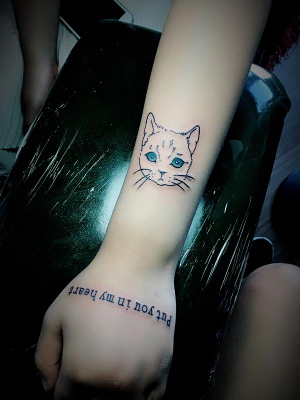 小猫纹身图案