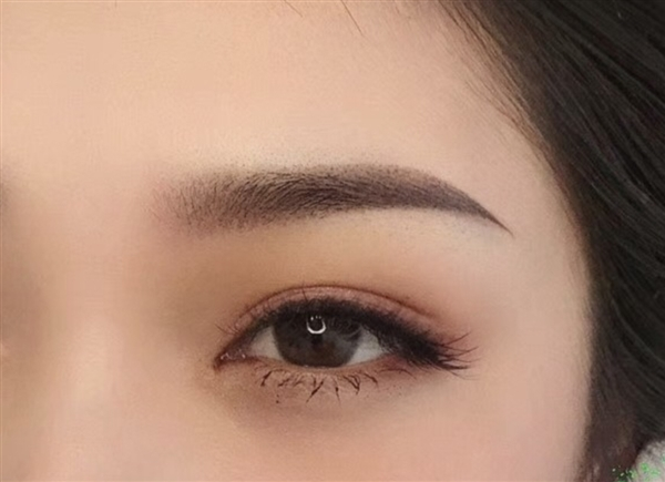 女士半永久纹眉